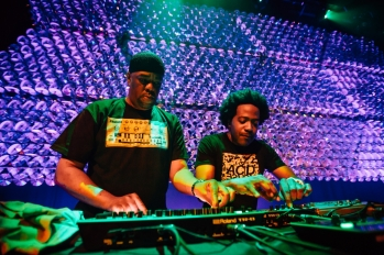Phuture doing their thing.